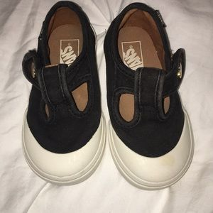 Vans Size 5.5 black Mary Jane Velcro sneakers